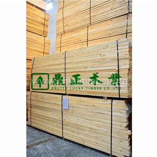 供���射松木材