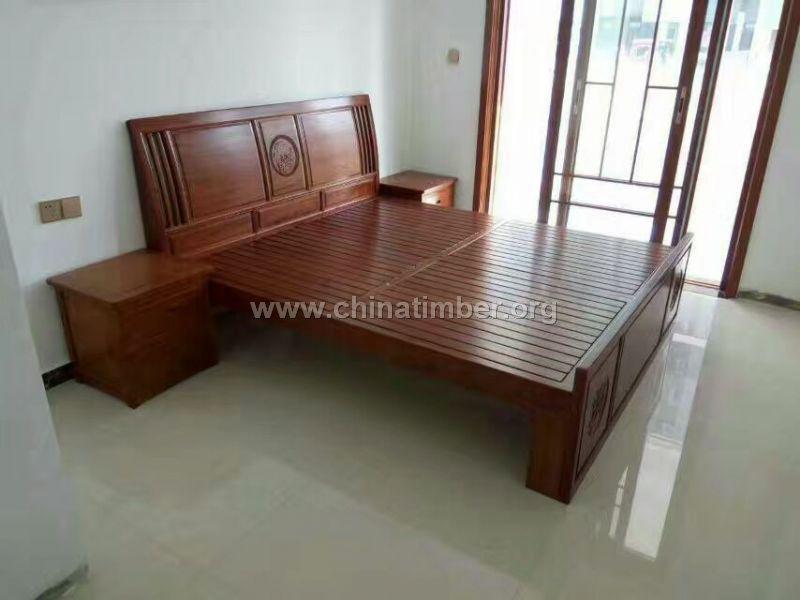 香椿实木床