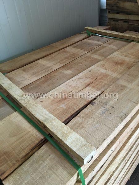 橡胶木自然板材