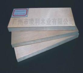 中国产南洋楹芯15厘E1细木工板