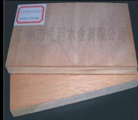 中国产南洋楹芯18厘E1细木工板