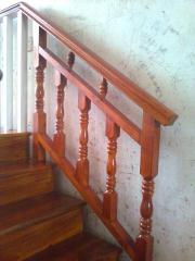 楼梯木扶手