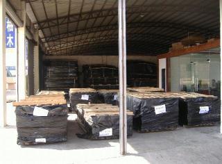 各类中高档木皮产品齐全