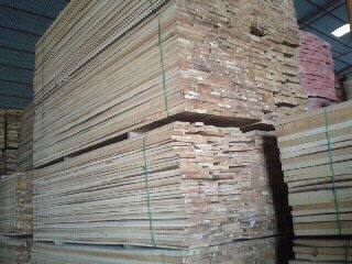 烘干桦木柞木板材无节樟子松家具木材及进口桦木原木