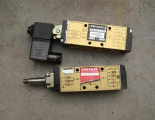 PNEUMAX电磁阀858/2.52.3.9.M2