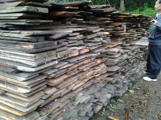 旧杉木板 旧木料 旧木材 旧木头 旧木屋料