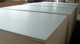 优质漂白杨木面 多层家具板