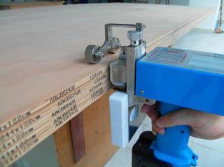 木板专用便携式喷码机、手持喷码机