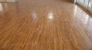 枫木室内运动木地板