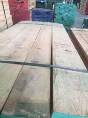 专业供应美国红橡实木板材,家具,色卡,鞋柜,抽屉等