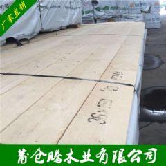 芬兰松床板料 白松床边实木家具 少节木材可刨光