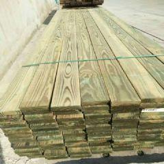 厂家供应南方松防腐木地板料