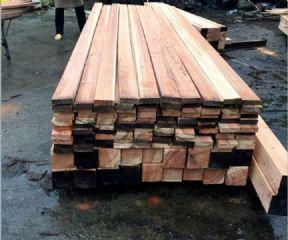广州地台板垫仓板叉车板木跳板木踏板木方脚手片厂家
