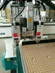 木工加工中心 双工位开料机 全自动上下料开料机