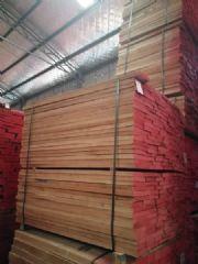 榉木直边板25mm厚AB级现货供应