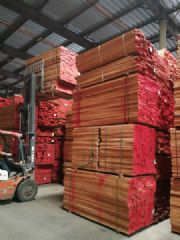 现货供应32mm厚AA级AB级榉木光边实木板