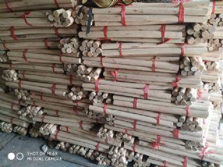 桉树圆木棒桉木圆棒实木圆棒