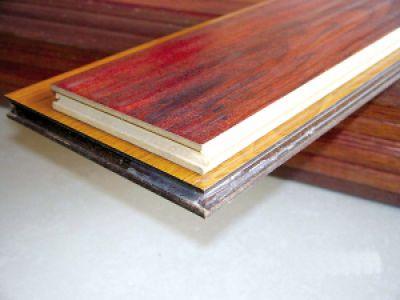 地板消费进误区:地板厚度不代表质量