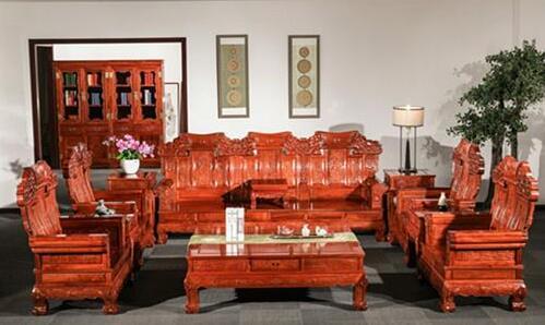 如何看待红木家具生漆和烫蜡工艺?